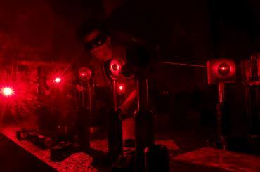 Quantum nanophotonics
